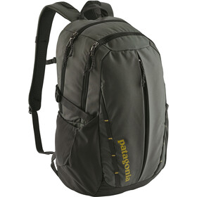 Patagonia Refugio Sac 28L, forge grey w/textile green